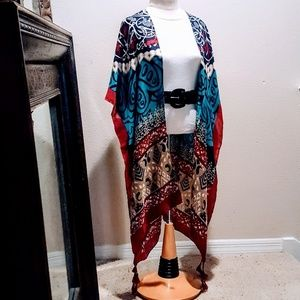 Pop-of-color Kimono 💕